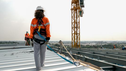 installing an industrial metal roof